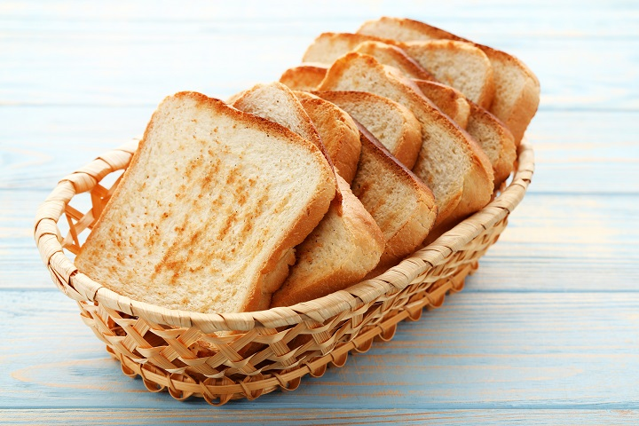How To Use The Air Fryer for Toast?